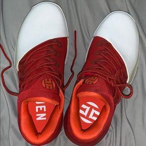 Harden Adidas (size 7)